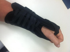 """8"""" Universal Wrist Splint"""